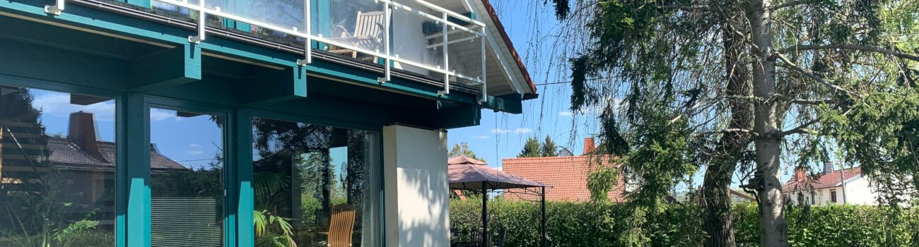 Grundstück mit Einfamilienhaus & Doppelhaushälfte